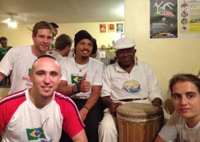 Her er vi sammen med legenden Grão Mestre João Grande i New York 2014